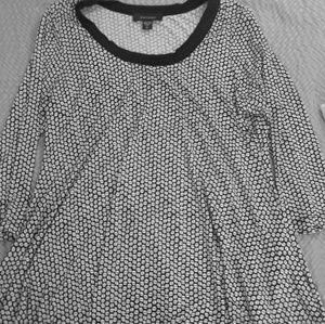 NWOT XL Karen Kane B&W Geometric Printed Tunic